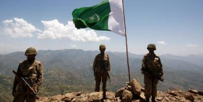 پاک فوج نے پاک افغان بارڈر کے قریب مشکل ترین علاقے کو خالی کرا لیا