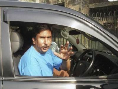معروف پاکستانی کرکٹر نے بڑی سیاسی جماعت میں شمولیت اختیار کر کے سب کو حیران کر دیا
