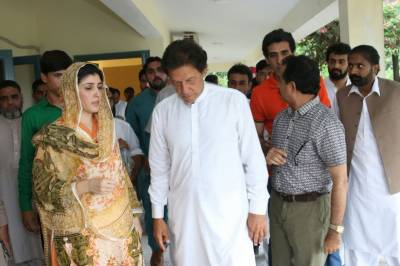 پارٹی چیئر مین سے خواتین کی عزت محفوظ نہیں ٗ عائشہ گلالئی
