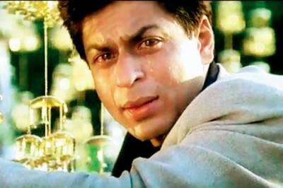 بالی و وڈ کنگ شاہ رخ خان کو شیونگ کریم کے باعث لیگل نوٹس جاری