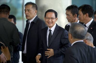 تھائی عدالت نے 2 سابق وزرائے اعظم کو بری کر دیا