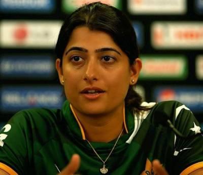 پاکستان ویمن ٹیم کی کپتان ثنامیر مسلسل تنقید پرپھٹ پڑیں