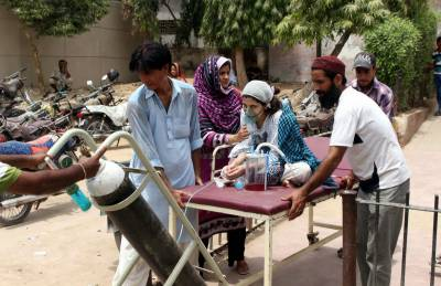 پنجاب کے مختلف شہروں میں ینگ ڈاکٹرز کی ہڑتال جاری، مریضوں کو شدید پریشانی کا سامنا