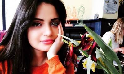اداکارہ ارمینہ رانا عائشہ گلالئی کیلئے میدان میں آگئیں