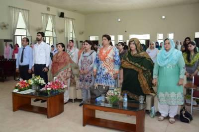 لاہور: گورنمنٹ پوسٹ گریجویٹ کالج برائے خواتین سمن آباد میں 70 ویں یوم آزادی کی شاندار تقریب
