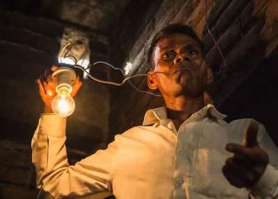 بجلی کو بطور غذا استعمال کرنیوالا شخص