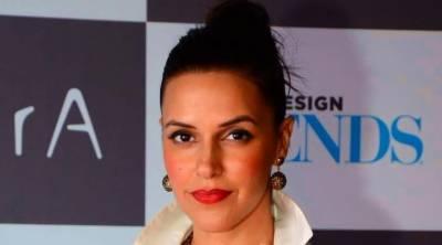 اداکارہ نیہا دھوپیا ٹریفک حادثے میں زخمی