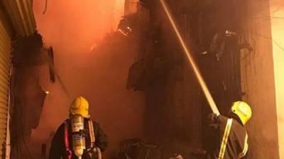جدہ میں تین تاریخی عمارتوں میں اچانک آگ بھڑک اٹھی