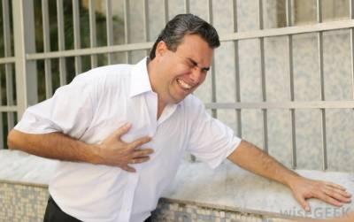 جسم دل کے دورے سے ایک ماہ قبل خبردار کرتا ہے