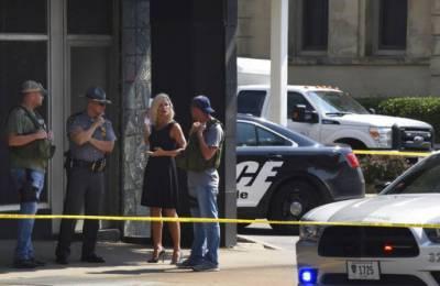 امریکا:حملہ آور کو زخمی جج نے کئی فائر کر کے ہلاک کر دیا