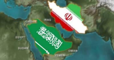 سعودی عرب پالیسیوں پر نظر ثانی کرے تو ایران مثبت جواب دے گا: جواد ظریف