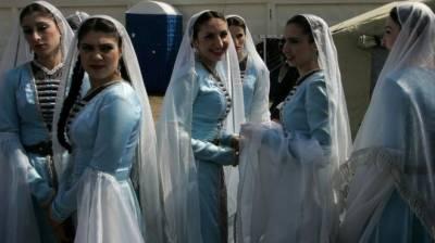 چیچنیا میں طلاق شدہ جوڑوں کو دوبارہ ملانے کی سرکاری مہم شروع