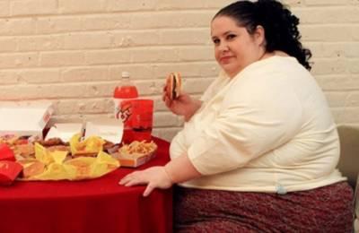 آپ کھانا چھوڑ کر وزن کم کرنا چاہتے ہیں تو آپ غلط ہیں