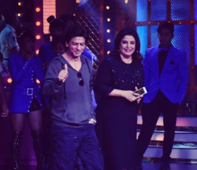 شاہ رخ خان نے فرح خان کو انوکھا سپرائز دے کر حیران کر دیا