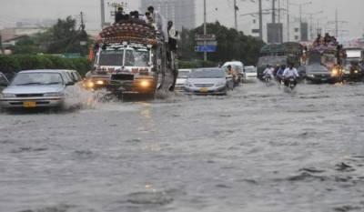 کراچی: طوفانی بارش نے قہر ڈھا دیا، مختلف حادثات میں 11 افراد جاں بحق