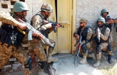 آپریشن رد الفساد، لاہور میں مشترکہ آپریشن کرتے ہوئے 6افراد گرفتار
