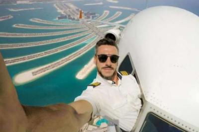 پائلٹ نے دبئی پرواز کی خطرناک سیلفی شیئر کر دی