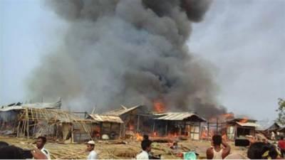 انتہا پسند بدھسٹوں نے روہنگیا مسلمانوں کا ایک اور گاؤں جلا دیا ٗ درجنوں ہلاک