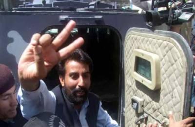 گرفتاری کا ڈر، پیپلز پارٹی رہنما علی مدد جتک عدالت سے فرار