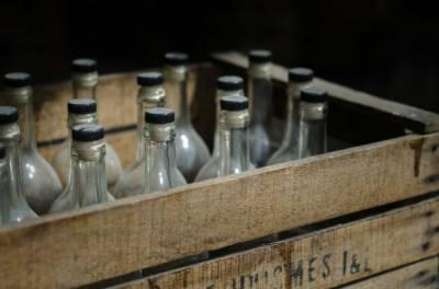 قائداعظم یونیورسٹی میں طلبا کو مفت شراب فراہم کی جاتی ہے، پروفیسر کا تہلکہ خیز انکشاف