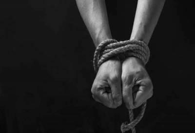 14 پاکستانی پناہ گزینوں کو گھناﺅنی قید سے آزاد کرا لیا گیا