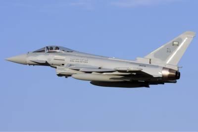 برطانیہ قطر کو یوروفائٹر ٹائفون جنگی جہاز بیچنے کیلئے رضامند ہو گیا