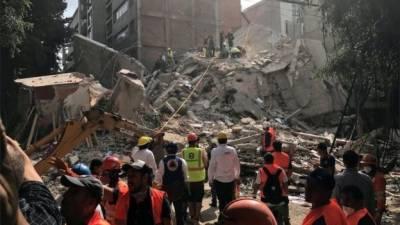 میکسیکو، ہولناک زلزلہ کئی عمارتیں منہدم، 140 سے زائد افراد ہلاک
