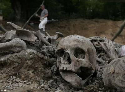 بوسنیا میں اجتماعی قبر سے 65 انسانی کھوپڑیاں برآمد
