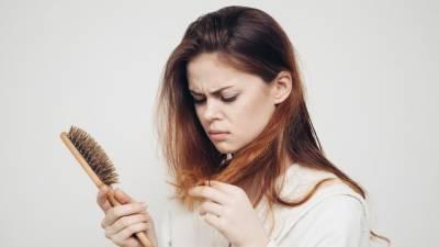گرتے بالوں کی روک تھام کیسے کی جائے، اہم معلومات منظر عام پر آگئیں
