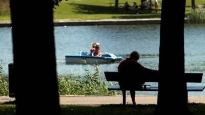 کینیڈا میں گرمی کا 86سالہ ریکارڈ ٹوٹ گیا،30درجہ حرارت ریکارڈ