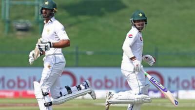 سری لنکا کیخلاف ہدف کے تعاقب میں پاکستان کی 2 وکٹیں گر گئیں