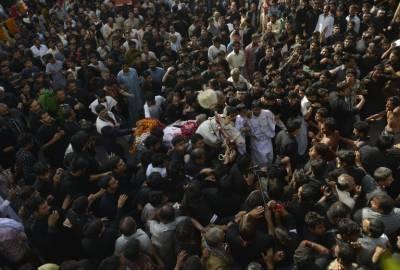 ملک بھر میں یوم عاشور عقیدت و احترام سے منایا جا رہا ہے