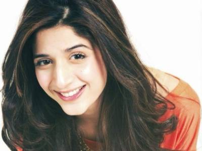ماہرہ خان کے راستے پر چلنا چاہتی ہوں ٗ انڈیا سے بہت آفرز ہیں: ماورا حسین