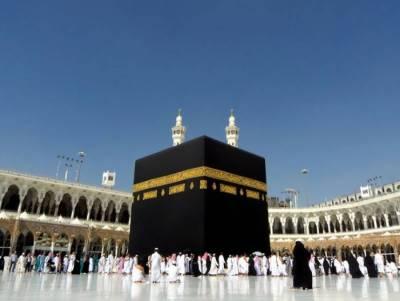 مسجد حرام کے صحن اور مطاف میں نئے سائبان کی تنصیب