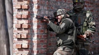 مقبوضہ کشمیر،بھارتی فوج کے کیمپ پر حملہ،دو بھارتی فوجی زخمی
