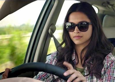 ڈرائیونگ کرنے کی اجازت دی جائے ، خواتین کا انوکھا مطالبہ