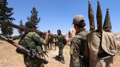 شامی باغی گروپ تحریرالشام کے جنگجوﺅں کا ادلب میں ترک فوج پر حملہ