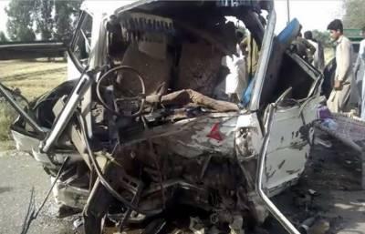جی ٹی روڈ پر ہائی ایس کو حادثہ ٗ 7 مسافر جاں بحق ٗ 8زخمی