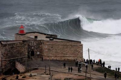 سمندری طوفان اوفیلیا سے سپین میں 3، پرتگال میں 6 افراد ہلاک، 25 زخمی