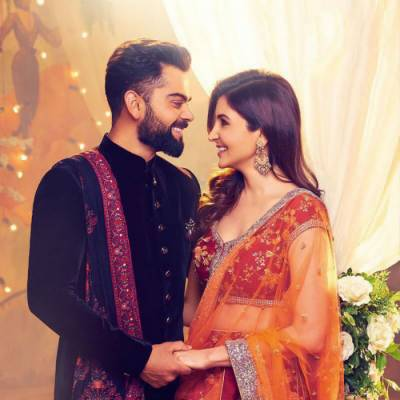 انوشکا شرما اور ویرات کوہلی کی تصاویر نے سوشل میڈیا پر دھوم مچادی