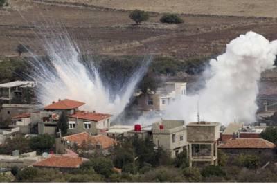 اسرائیلی لڑاکا طیاروں کا شامی دفاعی نظام کی بیٹریز پر حملہ