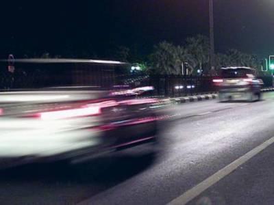 تیز رفتار اماراتی ڈرائیور پر 10لاکھ درہم کے جرمانے کی سزا