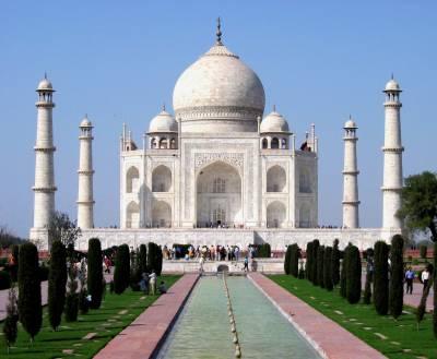 بابری مسجد کی طرح تاج محل بھی کسی وقت بم سے اڑایا جاسکتا ہے ،اعظم خان