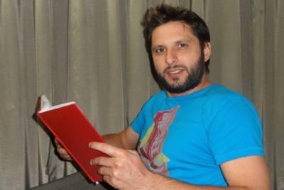 شاہد آفریدی کو ایم سی سی کی لائف ٹائم ممبر شپ سے نواز دیا گیا