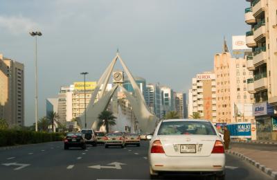 دبئی میں راشد المکتوم شاہراہ کو 27 اکتوبر سے مرمت کے لیے بند کر دیا جائیگا