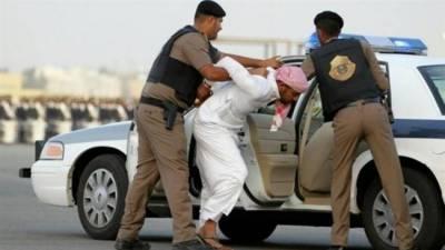سعودی عرب پولیس نے 3 لاکھ ریال مالیت کا سامان چرانے والے گروہ کو گرفتار کرلیا