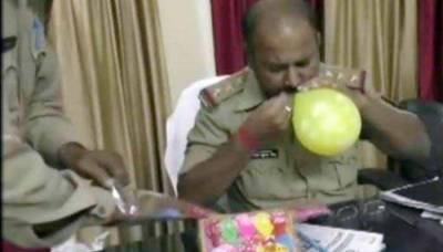 بھارت میں 'آئی لو پاکستان' والے غبارے بیچنے پر 2 افراد گرفتار