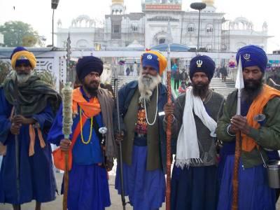چار ہزار سکھ یاتری بابا گرو نانک کا جنم دن منانے پاکستان آئینگے