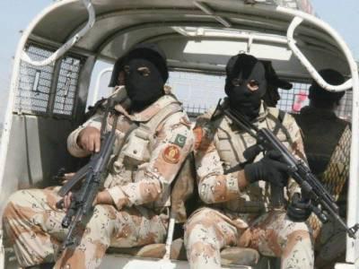 رینجرز نے شہر کے مختلف علاقوں میں کارروائی کرتے ہوئے 10 ملزمان کو گرفتار کر لیا