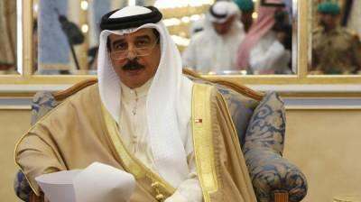 جب تک قطر راہ راست پر نہیں آتا کسی اجلاس میں شرکت نہیں کریں گے: شاہ بحرین